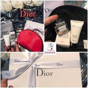 🔝Classy Dior Pink Cosmetic Bag Set Bran New🔝